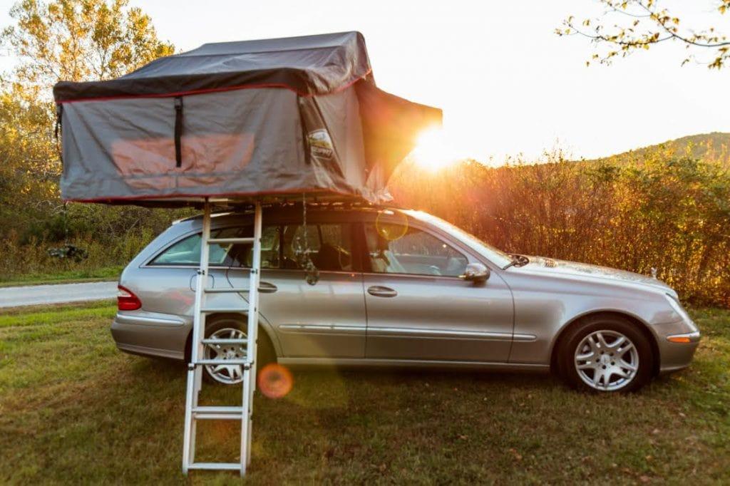 Rooftop tent waterproof